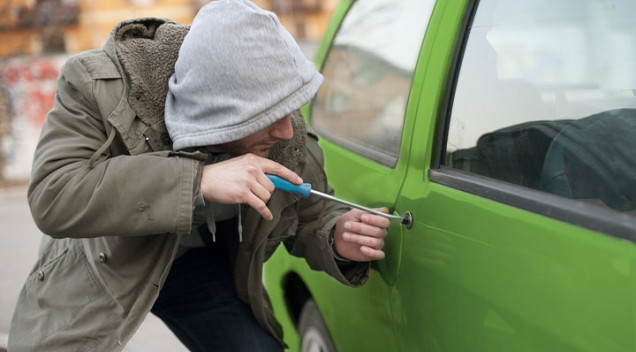Smart tips to prevent car thefts